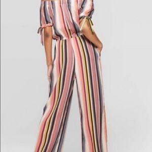 NWOT ❤️Off the shoulder striped jumpsuit
